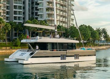 Yacht Tour - Luxurious and Roomy Yacht (Sunreef Supreme)