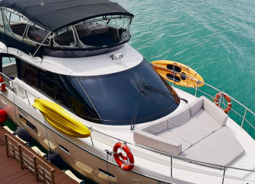 Yacht Tour - Best Value Premium Yacht (Sealine F42)